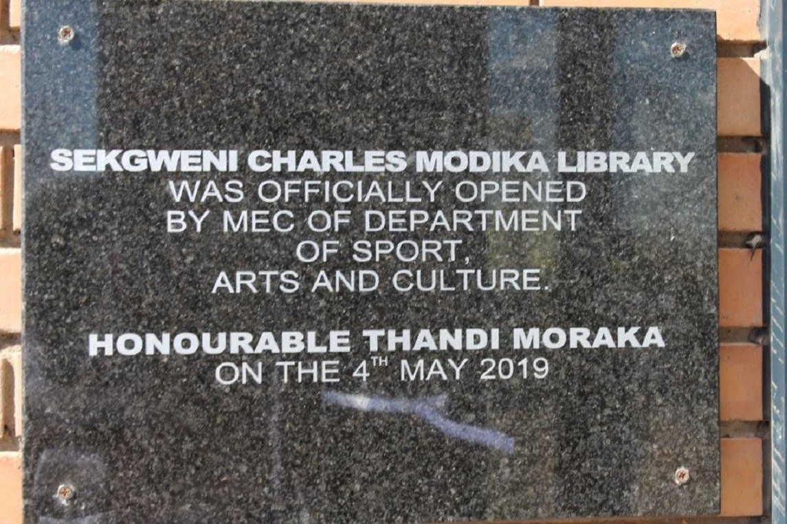 Sekhweni Charles Modika Library officially handed over to the community of Maphalle and surrounding villages during the official opening ceremony led  by MEC For Sport, Arts and Culture Ms. Thandi Moraka