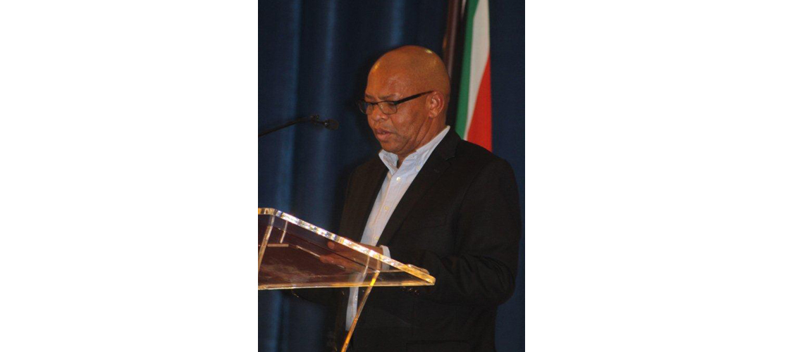 Limpopo Premier Stanely Chupu Mathabatha addressing during the Freedom day Public Lecture at Tiro Hall, University of Limpopo