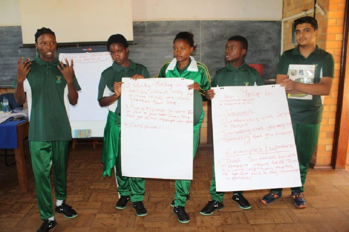 200 trailblazers are attending the 2019 National Youth Camp at Schoemansdaal Environmental Education Centre at Vhembe District a programme aimed at developing young people by empowering them with requisite values, soft skills and knowledge which will assist them to become responsible, conscious citizens and to strengthen their sense of patriotism and identity.