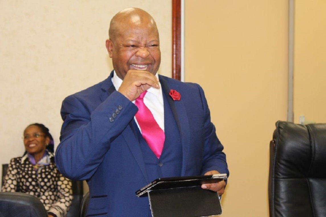 MEC Thandi Moraka and Departmental Management bids farewell to the acting HOD Mr. Mothlanke Phukuntsi as he returns back to the Provincial Treasury